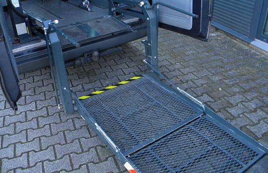 lift rolstoelbus