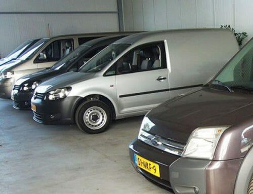 Rolstoelaangepaste voertuigen opgehaald voor zorginstelling